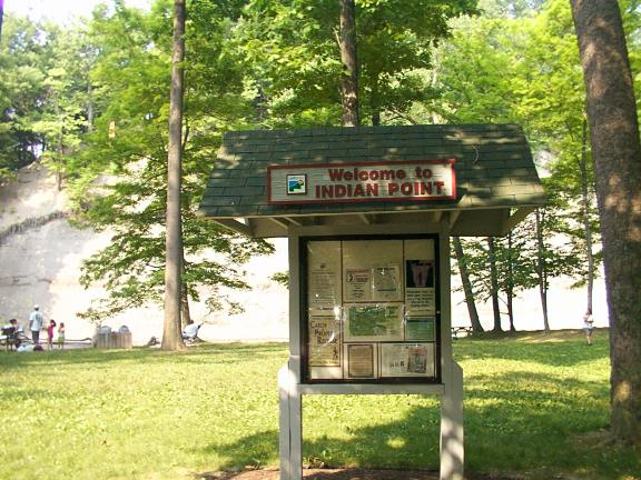 Indian Point Cleveland Lake Metropark  Pictures